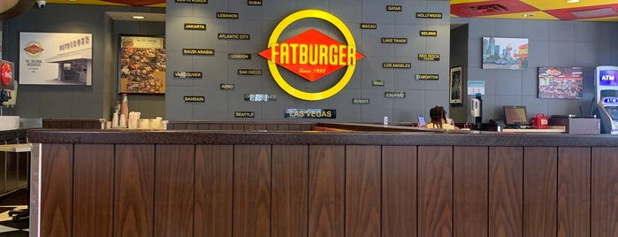 Fatburger is one of Tempat yang Disukai David.