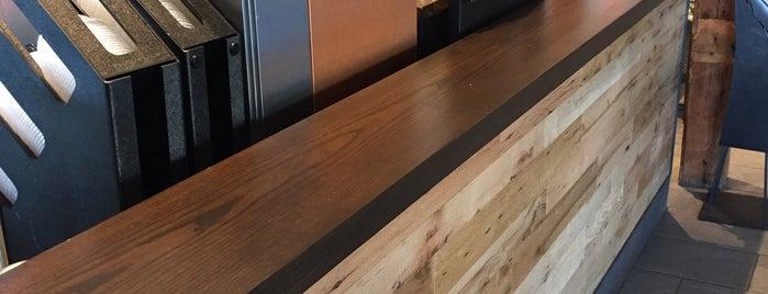 Starbucks is one of Locais curtidos por WayneNH.