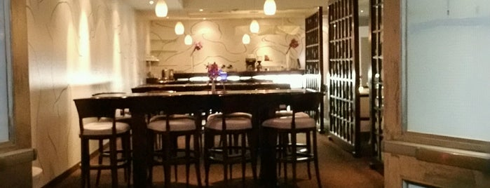 LIV Restaurant is one of Daveさんの保存済みスポット.