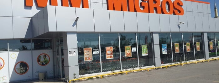 Migros is one of Lugares favoritos de H.