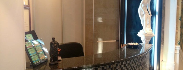 "Стоматологическая клиника бизнес-класса ""СТОМА""/ Business-class Dental Clinic ""STOMA"" is one of Irinaさんのお気に入りスポット."