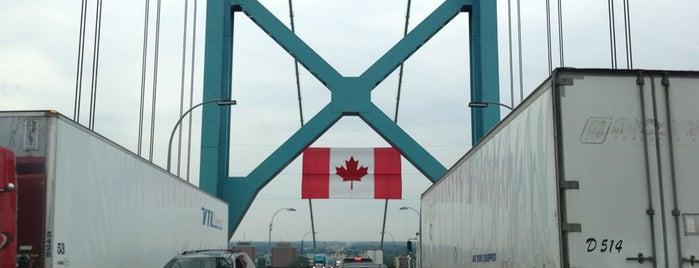 Canadian Customs is one of Captain'in Beğendiği Mekanlar.