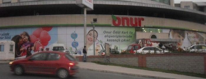 Kiptas Sefakoy Onur Market is one of Lieux qui ont plu à Hakan.
