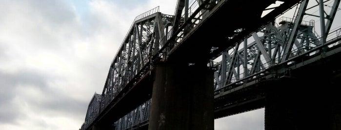 Железнодорожный мост is one of สถานที่ที่ Vera ถูกใจ.