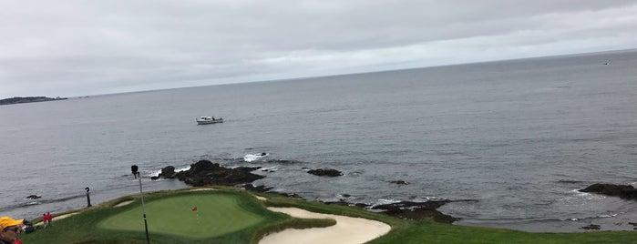 Pebble Beach Golf Links is one of Posti che sono piaciuti a Vinhlhq2015.