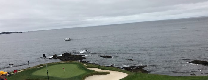 Pebble Beach Golf Links is one of Lugares favoritos de Vinhlhq2015.