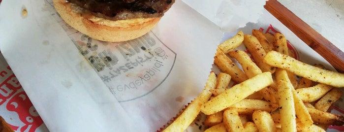 Ohannes Burger is one of İzmir.