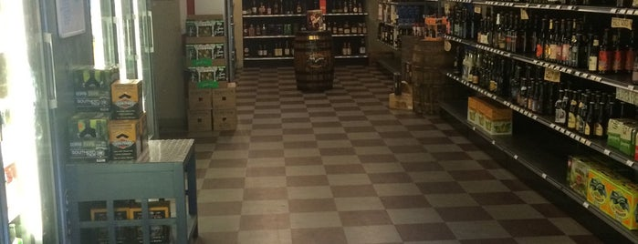 Jersey Wines & Spirits is one of Jersey City.