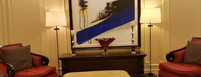 Churchill Hotel Near Embassy Row is one of Luis : понравившиеся места.