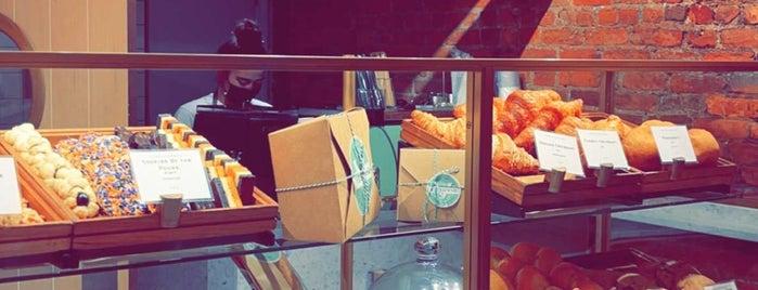 Vesuvio Bakery is one of Do: NYC ☑️🆕.