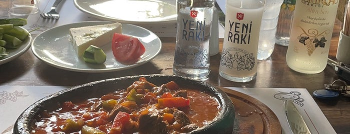 Pembe Panter is one of rakı.