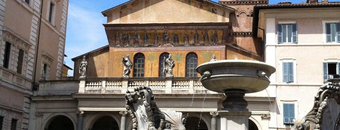 Piazza di Santa Maria in Trastevere is one of Rome.