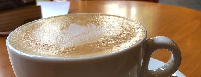 Costa Coffee is one of สถานที่ที่ Chrissi ถูกใจ.