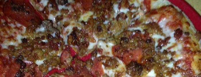 Red Elephant Pizza & Grill is one of Orte, die Clark gefallen.