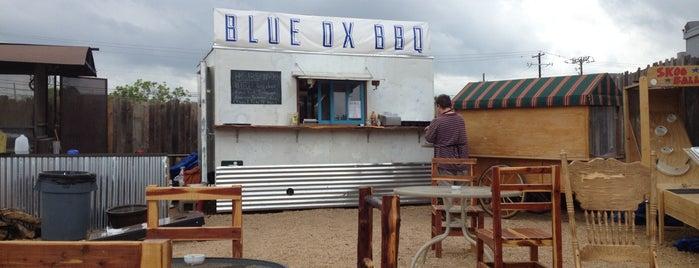 Blue Ox BBQ Truck is one of Tempat yang Disukai Shawn.