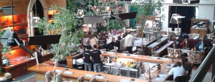 Mercado Central is one of สถานที่ที่ ᴡ ถูกใจ.