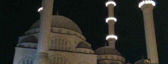 Maltepe Meydan is one of Maltepe İstanbul.