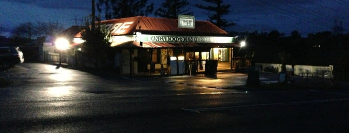 Kangaroo Ground General Store is one of Mike 님이 좋아한 장소.