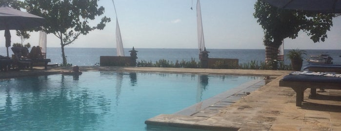 Adi Asri Beach Resort and Spa is one of Lugares favoritos de Johan.