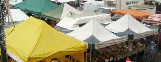 Devizes Market is one of Locais salvos de Tina.