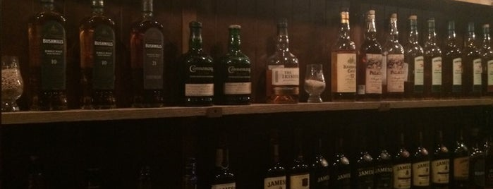 Dingle Whiskey Bar is one of Drinkin' Dublin.