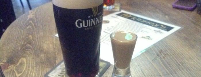 McKinney's Irish Pub is one of Rob'un Beğendiği Mekanlar.