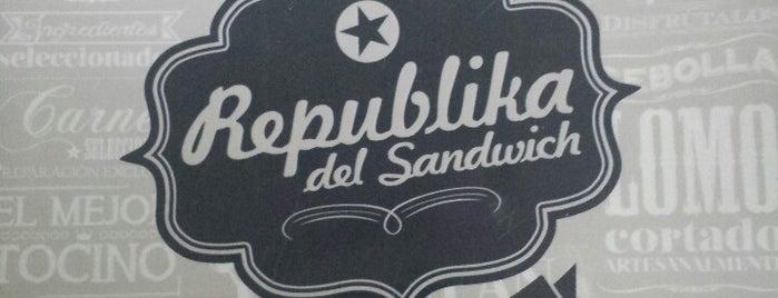 Republika Del Sándwich is one of Sandwicherias de Santiago.