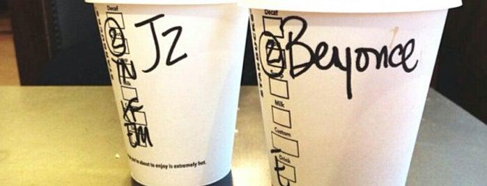 Starbucks is one of Locais curtidos por Tyler.