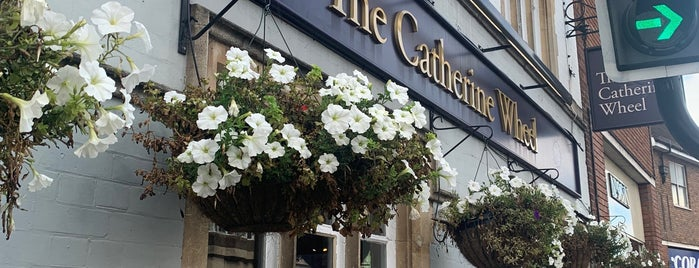 The Catherine Wheel is one of Lieux qui ont plu à Carl.