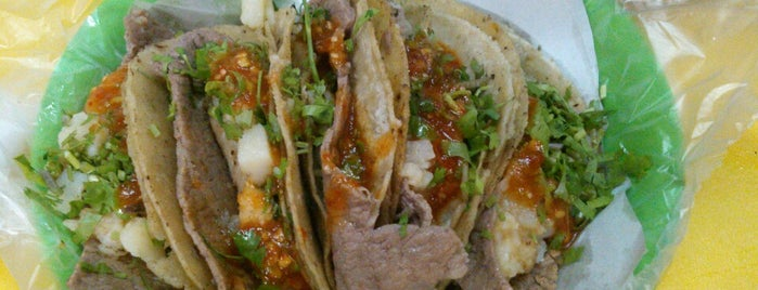 Super Tacos Don Juan is one of Joseさんの保存済みスポット.