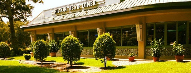 Hilton Head Diner is one of Gさんの保存済みスポット.