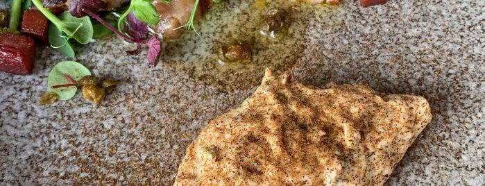 Skur 33 - Trattoria da mare is one of Oslo Eating.