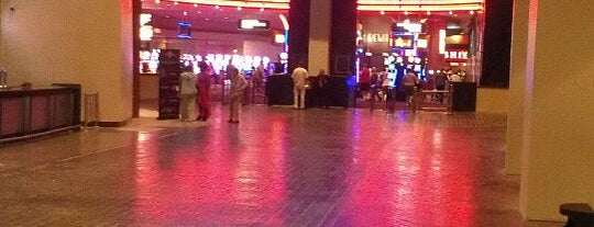 Hollywood Casino St. Louis is one of Casinos.