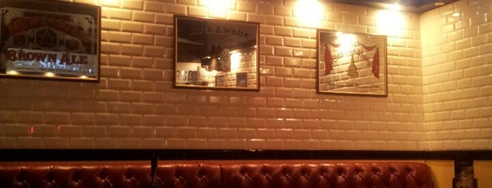 British Bulldog Pub is one of Andrej 님이 좋아한 장소.