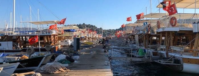 Kekova Marina is one of Posti che sono piaciuti a Burak.