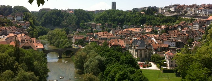 Le Belvédère is one of Fribourg.