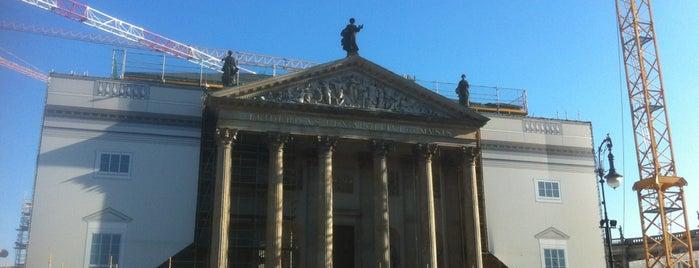 Staatsoper Unter den Linden is one of Orte, die Kai gefallen.