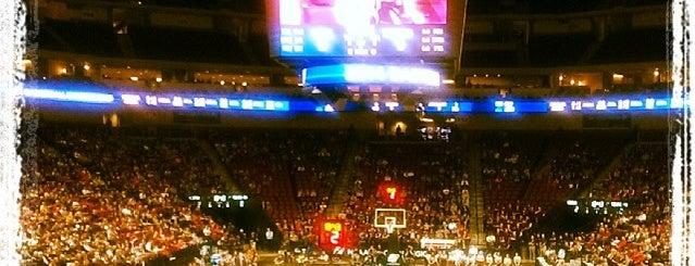 Pinnacle Bank Arena is one of Sporting Venues....