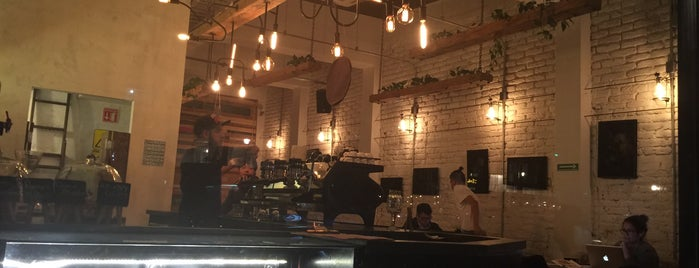 Dosis Cafe is one of Mexico City.
