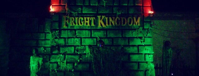 Fright Kingdom is one of Lindsaye 님이 좋아한 장소.