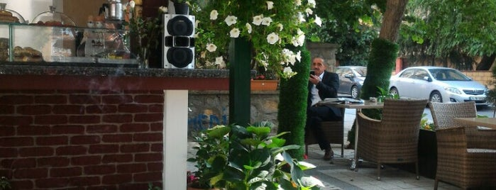 Elif Cafe is one of สถานที่ที่ Özlem Bayrak👑 ถูกใจ.