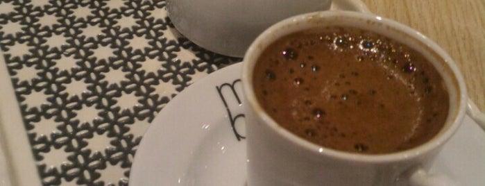 Mavi Haliç Cafe is one of Tempat yang Disukai Özlem Bayrak👑.