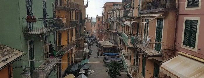 Piazza Dario Capellini is one of Italie.