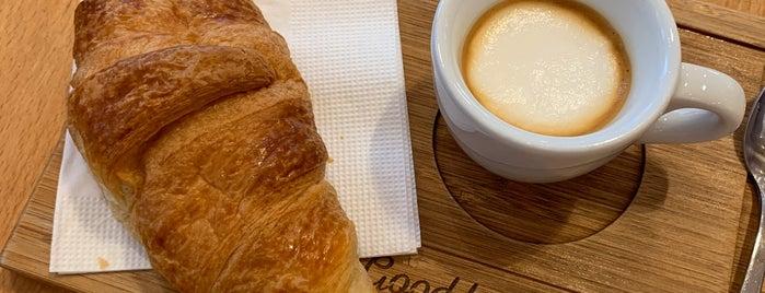 Madal Cafe - Espresso & Brew Bar is one of Vegan Budapest.