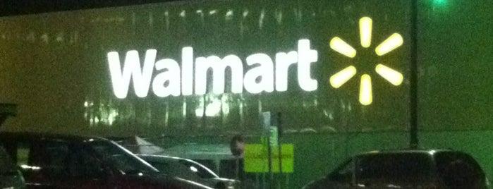 Walmart is one of สถานที่ที่ Mario ถูกใจ.