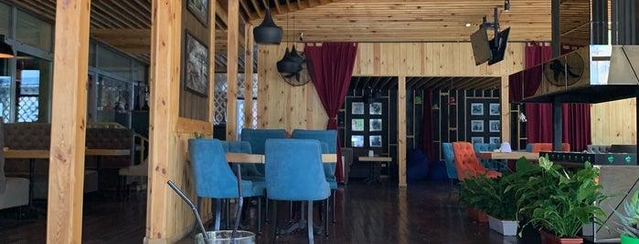 "Pre-party ресторан ""Яблоко"" is one of สถานที่ที่ Greta ถูกใจ."