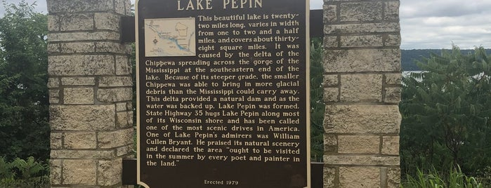 Lake Pepin Scenic Overlook is one of City Pages Best of Twin Cities: 2011.