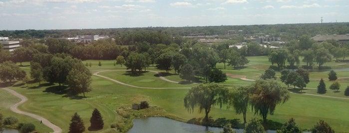 Hilton Chicago/Oak Brook Hills Resort & Conference Center is one of Tempat yang Disimpan Andreia.