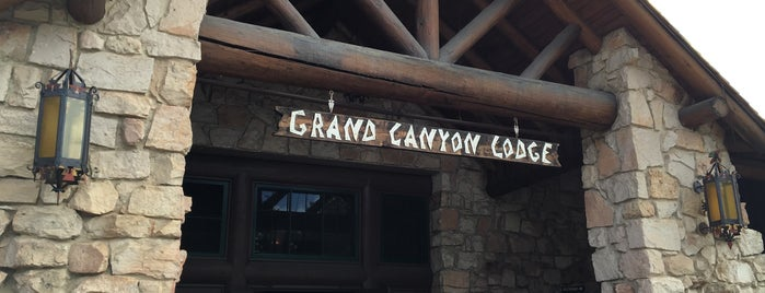 Grand Canyon Lodge is one of Locais curtidos por Dominic.