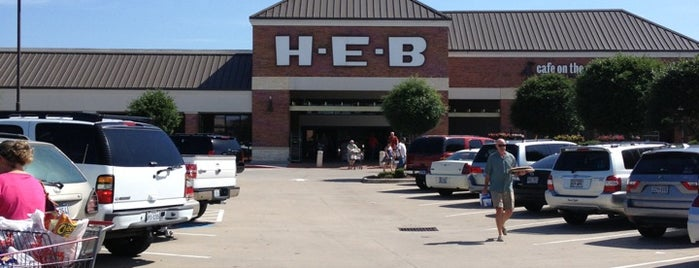 H-E-B is one of Bars carrying Leprechaun Ciders: Houston.